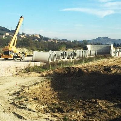Tubi in cls per il raddoppio della linea ferroviaria tra Falconara e Fabriano